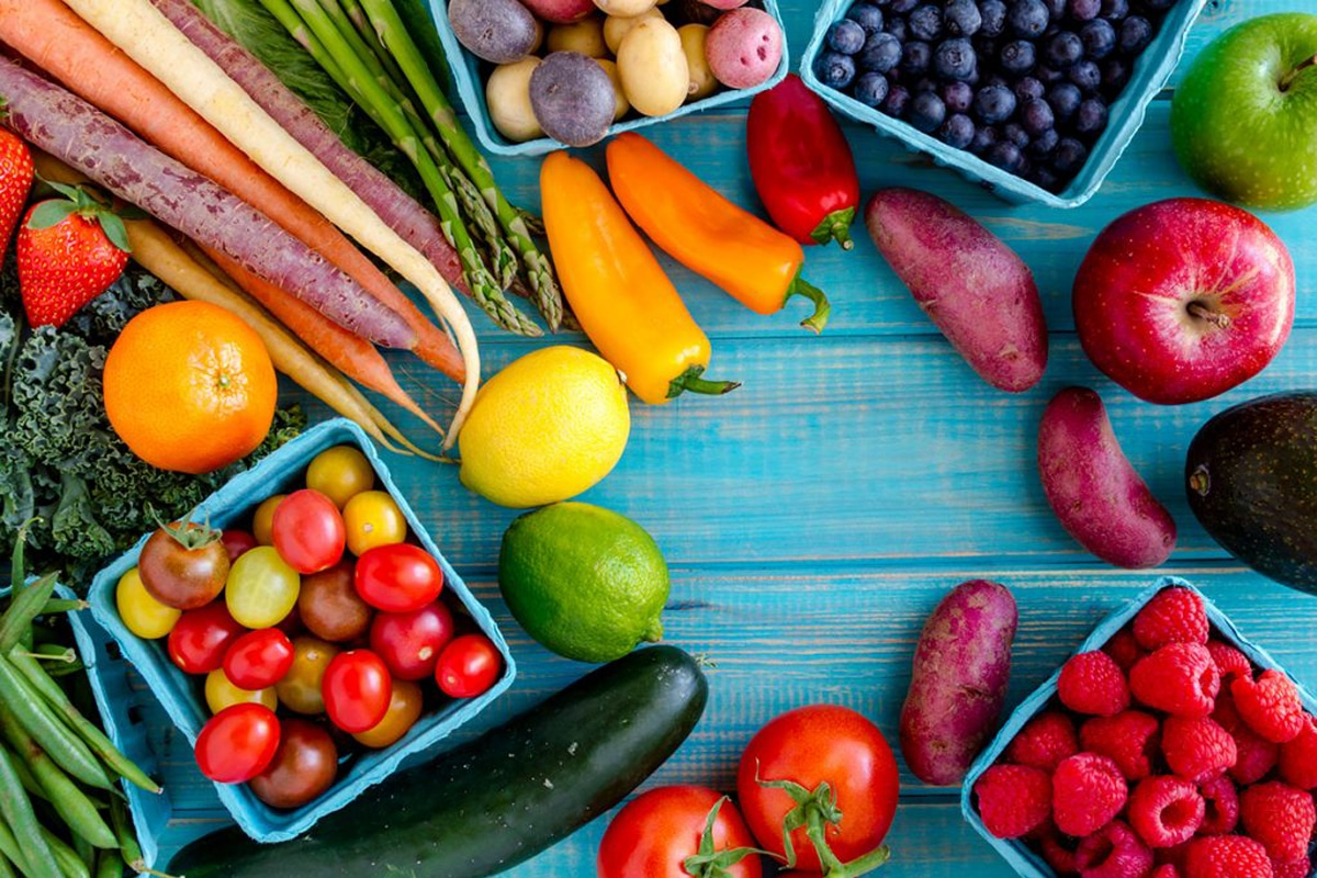 Le proprietà di verdura e frutta in base ai colori